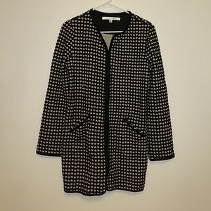 Black heart patterned cardigan w/ pockets!
